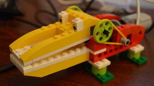WeDo 2.0: Erster Kontakt mit Lego-Robotern für Grundschüler