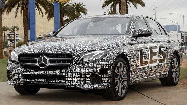 Mercedes-Benz: Neue E-Klasse fährt nach Software-Update autonom
