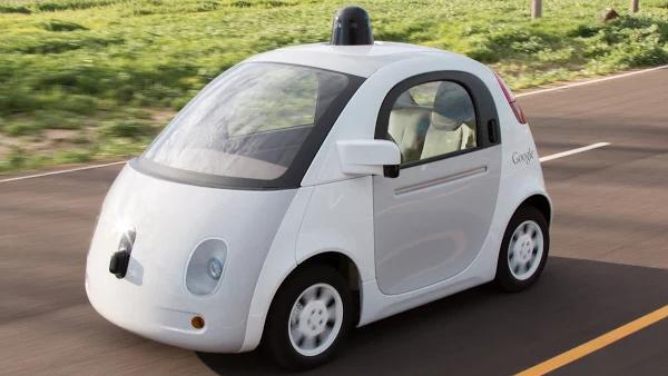 Google Self Driving Car: Mehrere Eingriffe durch Fahrer notwendig