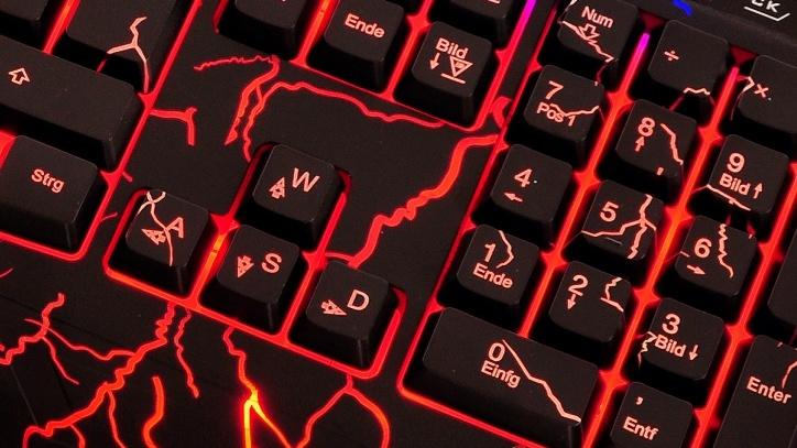 Sandberg EsportsEquipment: Blast Mouse und Thunderstorm Keyboard