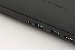 Hinter diesem USB Typ C (links) steckt Thunderbolt 3 mit USB 3.1 und DisplayPort