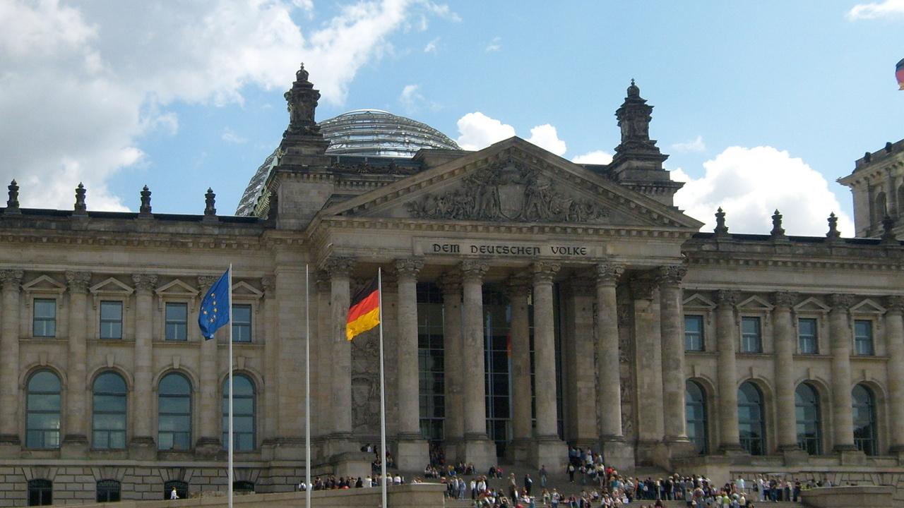 Bundestag-Hack: Russischer Geheimdienst soll verantwortlich sein