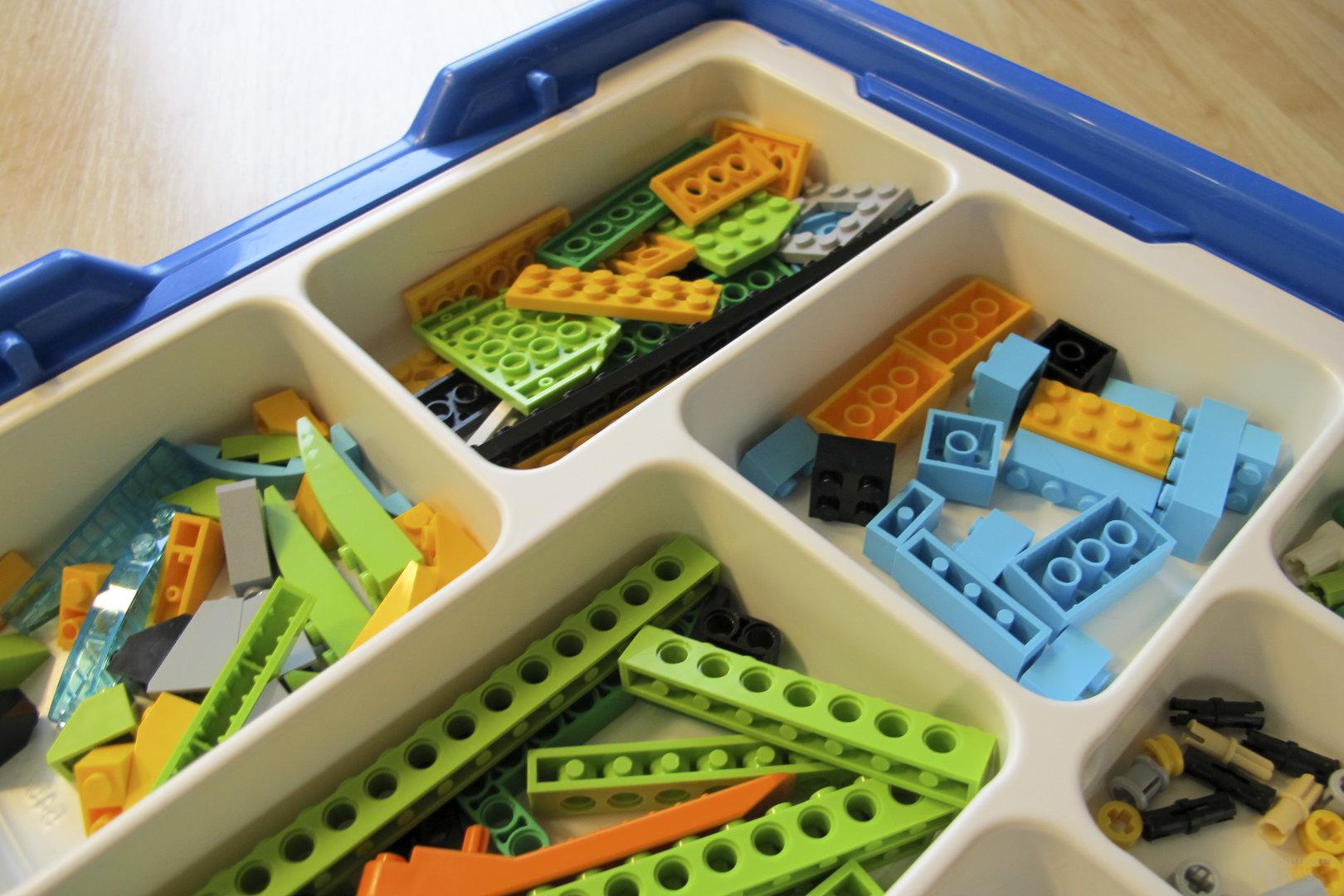Lego WeDo 2.0 – Kiste mit Sortiereinlage