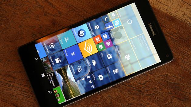 Windows 10 Mobile: Insider Build 10586.71 verbessert Upgrade von 8.1