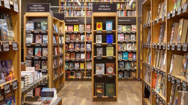 Buchhandel: Amazon soll bis zu 400 Buchläden planen