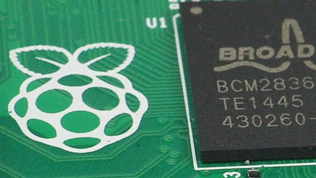 Raspberry Pi: Update für Raspbian mit neuem OpenGL-Treiber