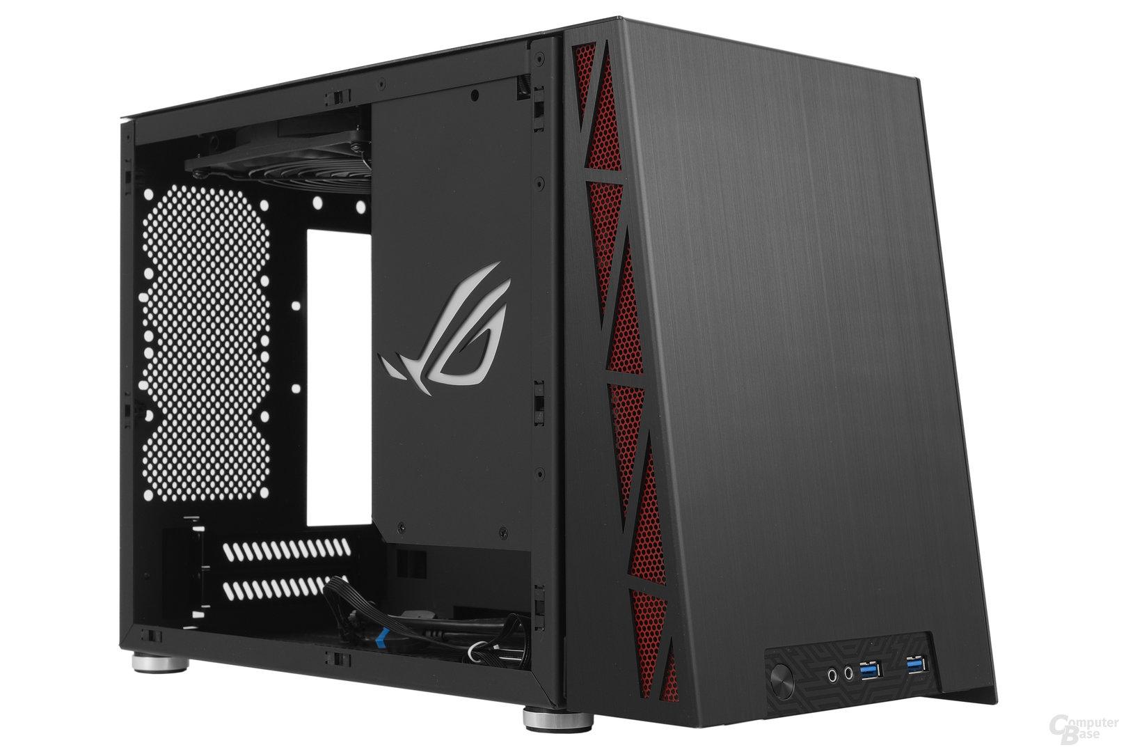 Lian Li PC-Q17 – Seitliche Innenraumansicht