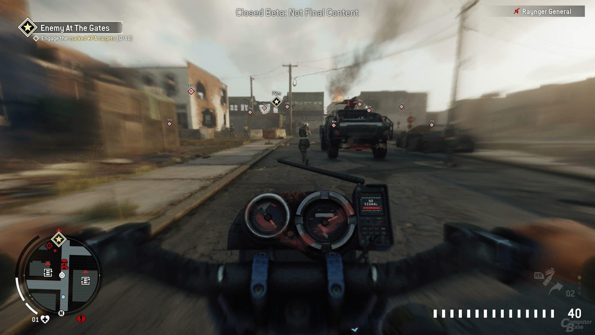 Eine kurze Motorradfahrt lockert die Mission auf