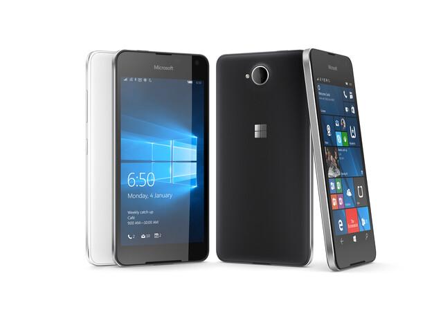Das Lumia 650 in mattem Schwarz und Weiß