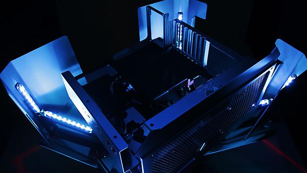 Jetzt verfügbar: Transformer-Gehäuse In Win H-Tower für 2.400 Euro