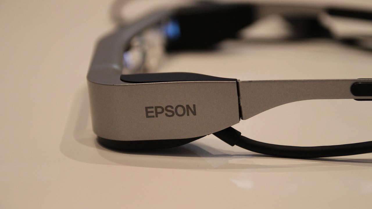 Epson Moverio BT-300: Smart Glasses mit Atom x5, Android und Silizium-OLED