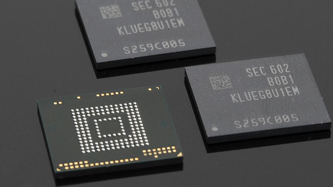 Samsung UFS 2.0 mit 256 GB: Smartphone-Speicher liest schneller als SATA-SSDs