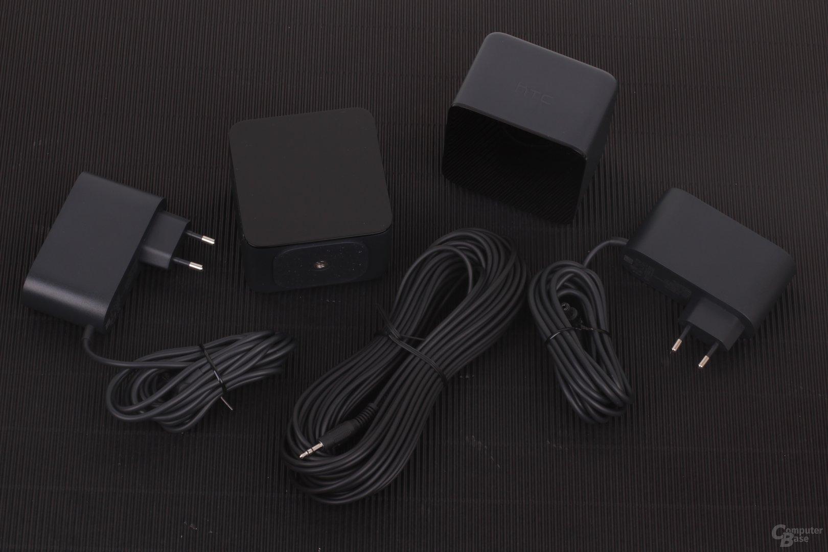 Zwei Basisstationen mit Netzteilen und optionaler Verbindung