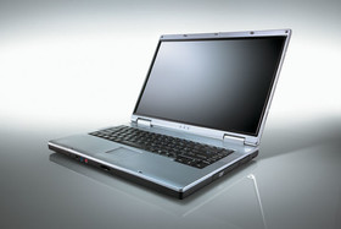 Fujitsu Siemens Amilo M mit Widescreen