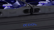 Alphacool Eiszapfen und Eisbecher: Schnellkupplungen und ein Ausgleichsbehälter