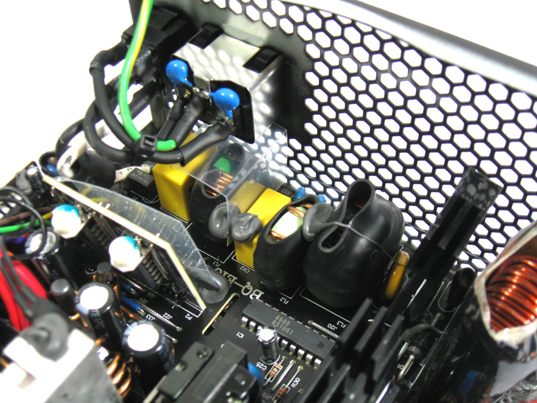 be quiet! Straight Power E10 500W CM – Eingangsfilterung