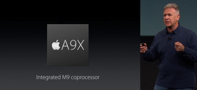Phil Schiller während der Präsentation des A9X im iPad Pro 9,7 Zoll