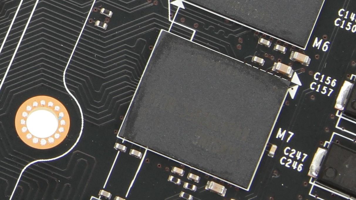 GDDR5X: Muster-Chips mit 8 Gigabit werden ausgeliefert