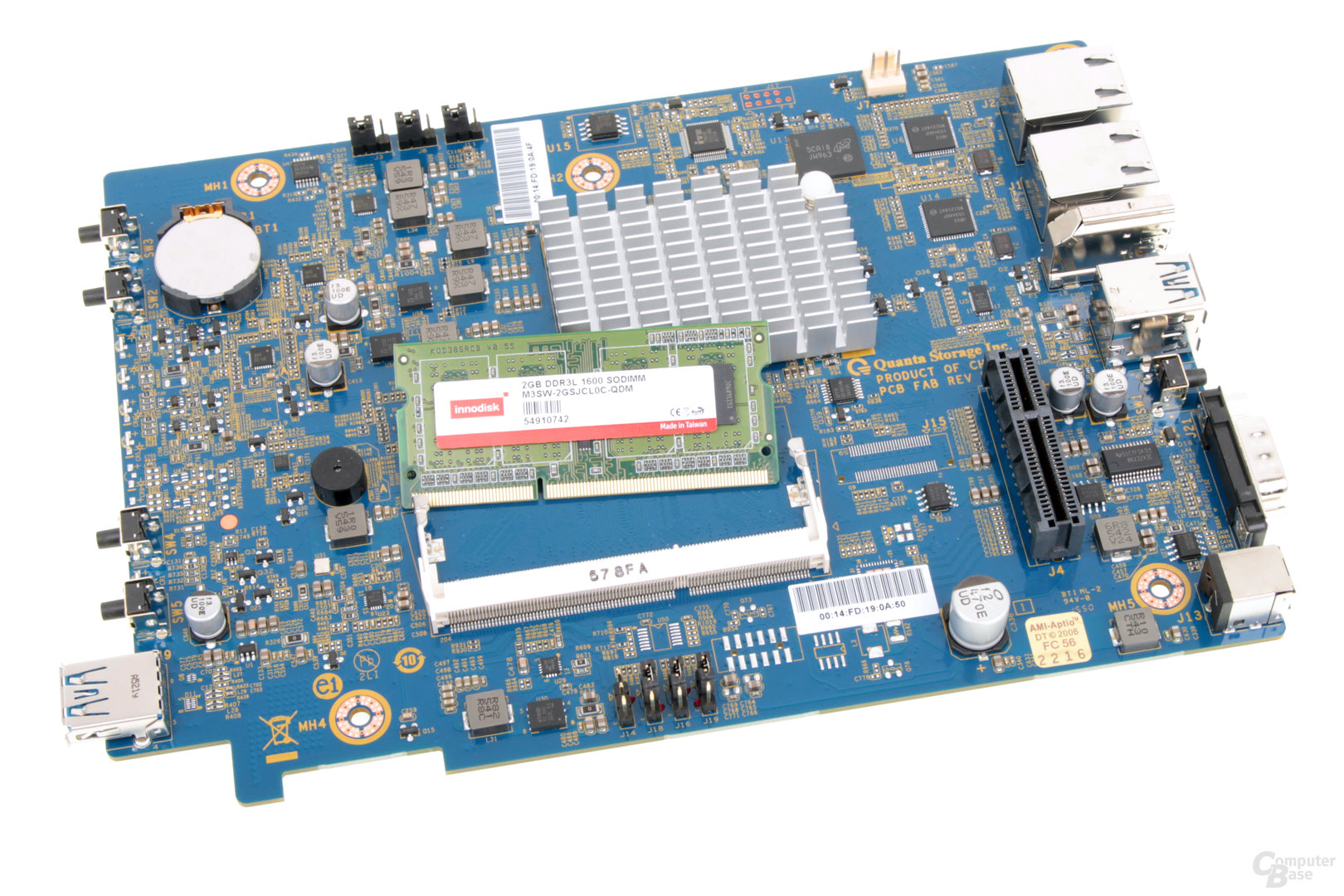 Thecus N2810 – Mit viel Aufwand kann der RAM getauscht werden