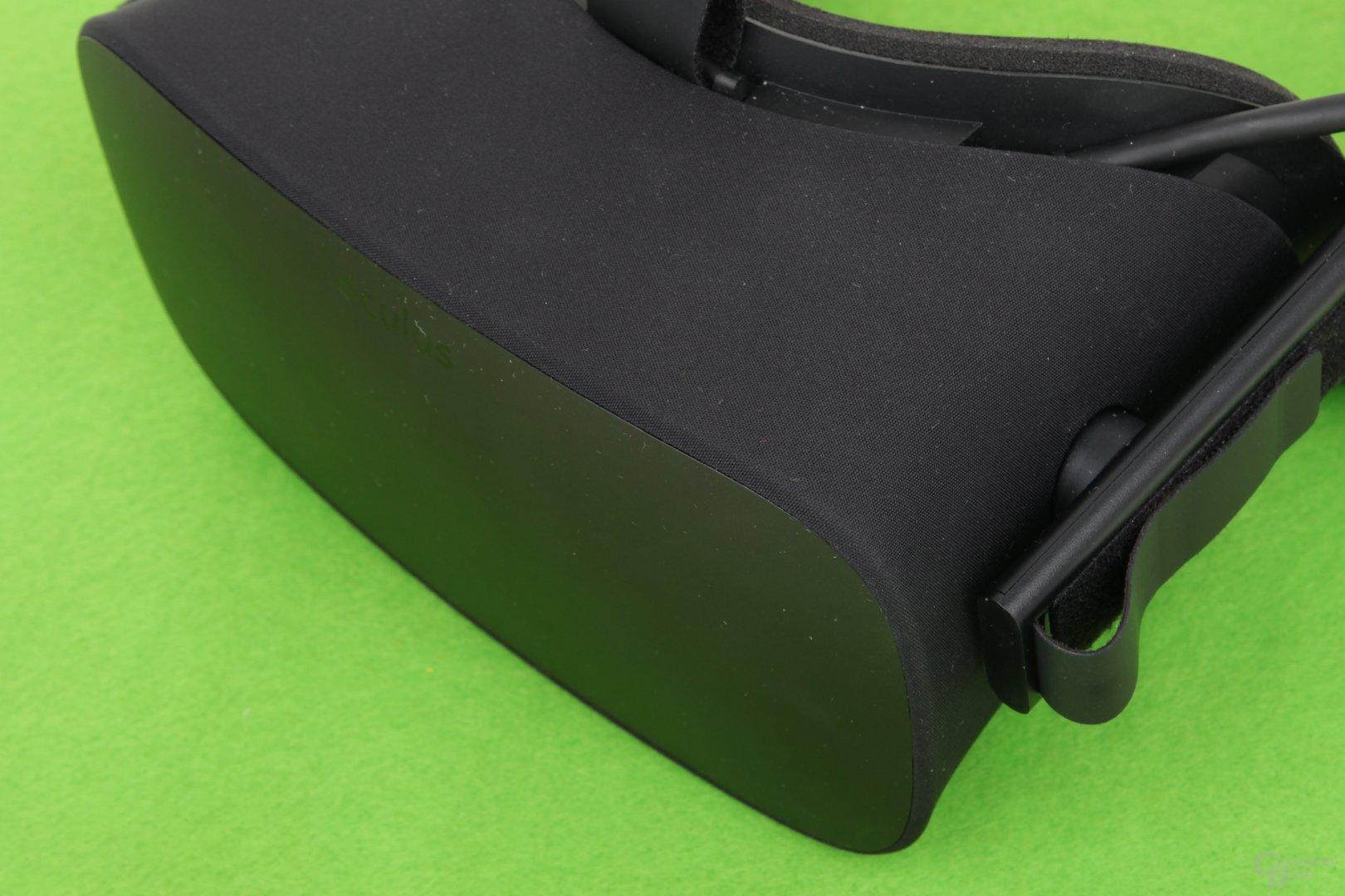 Die Oculus Rift ist mit Stoff bespannt