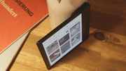 Kindle Oasis ausprobiert: Amazon-Reader will so dünn wie Papier sein