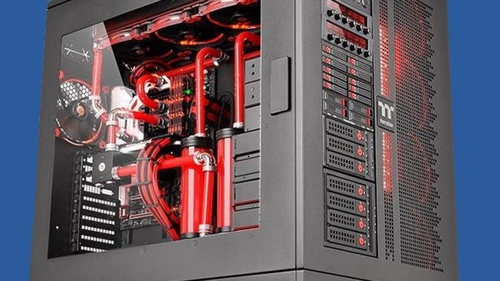 Thermaltake Core WP200: Dual-Gehäuse wiegt 39kg und nimmt 40Lüfter auf