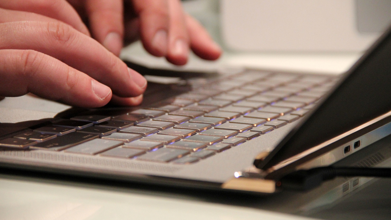 Spectre 13 ausprobiert: HPs Schmuckstück unter neuem Logo