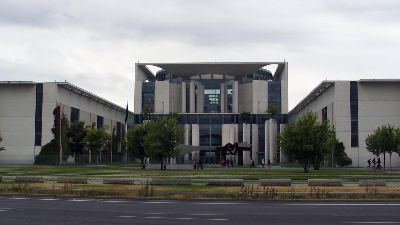 NSA-Skandal: Kanzleramt entlässt BND-Chef