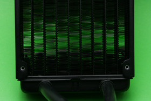 Cryorig A40 Ultimate: Am Radiator sind Lamellen verbogen