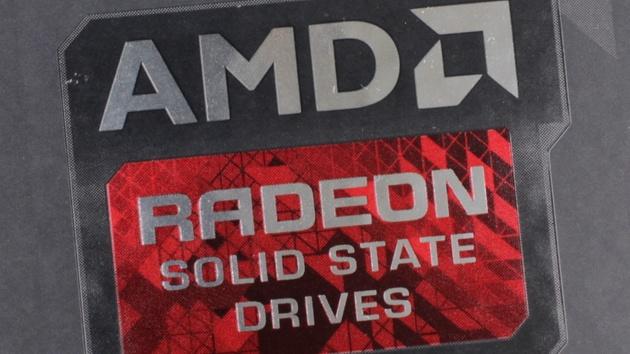 Radeon R3 SSD: AMDs neue SSD-Serie nutzt TLC-Flash und SM2256KX