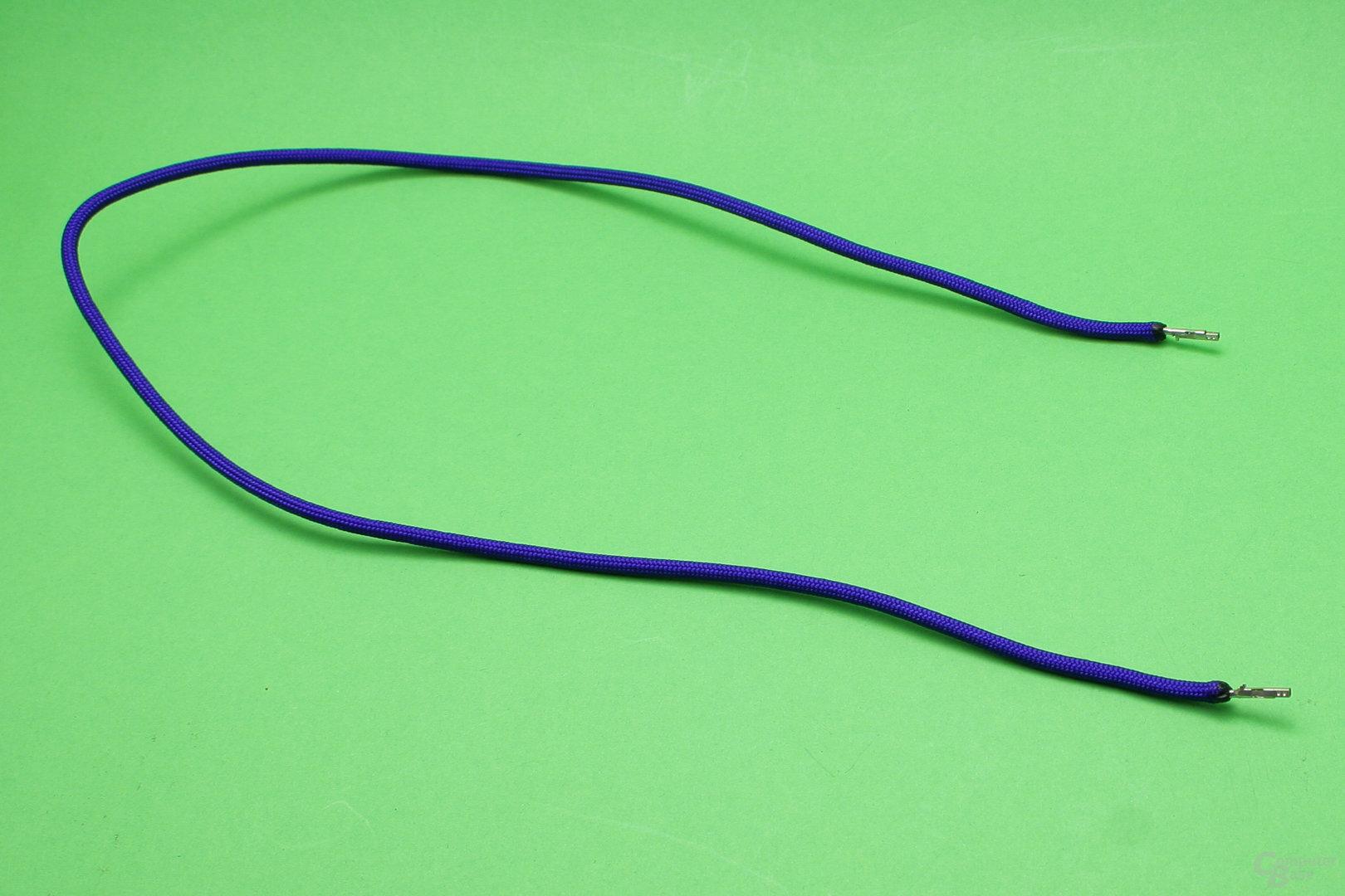 Ein Kabel mit befestigtem Sleeve