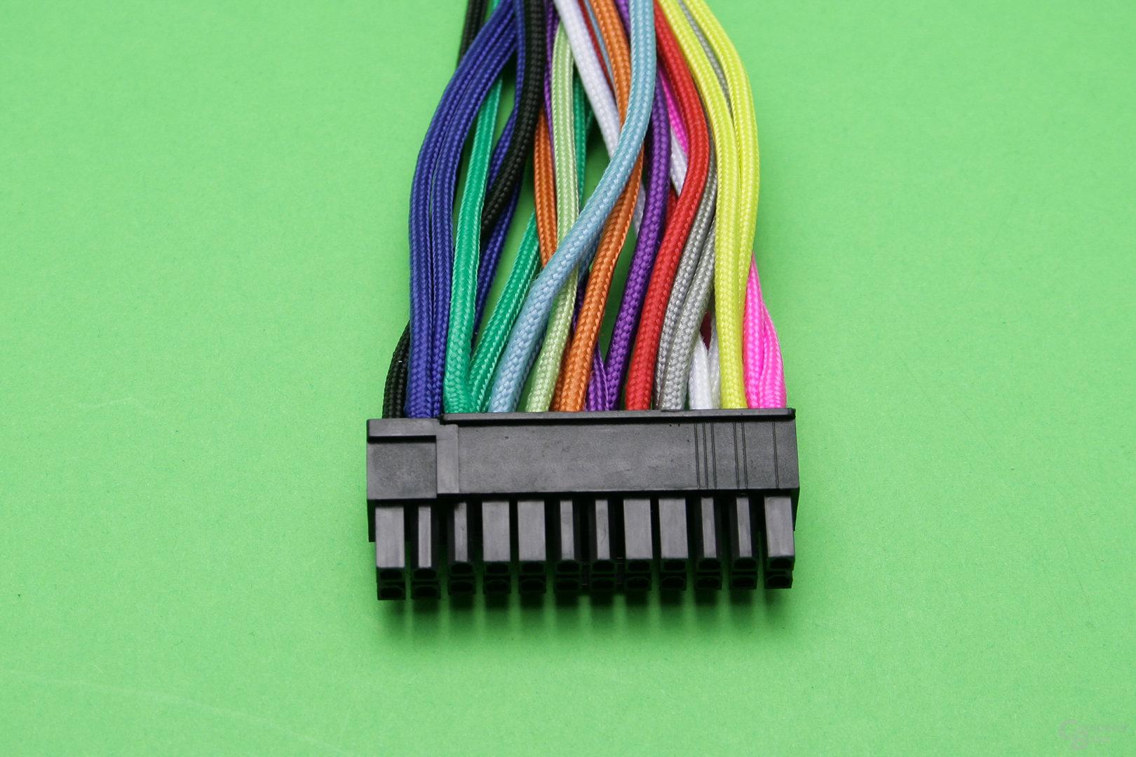 CableMod 24-Pin ATX-Stecker in zwölf Farben