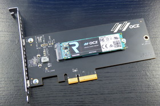 Toshiba OCZ RD400 auf Adapterkarte