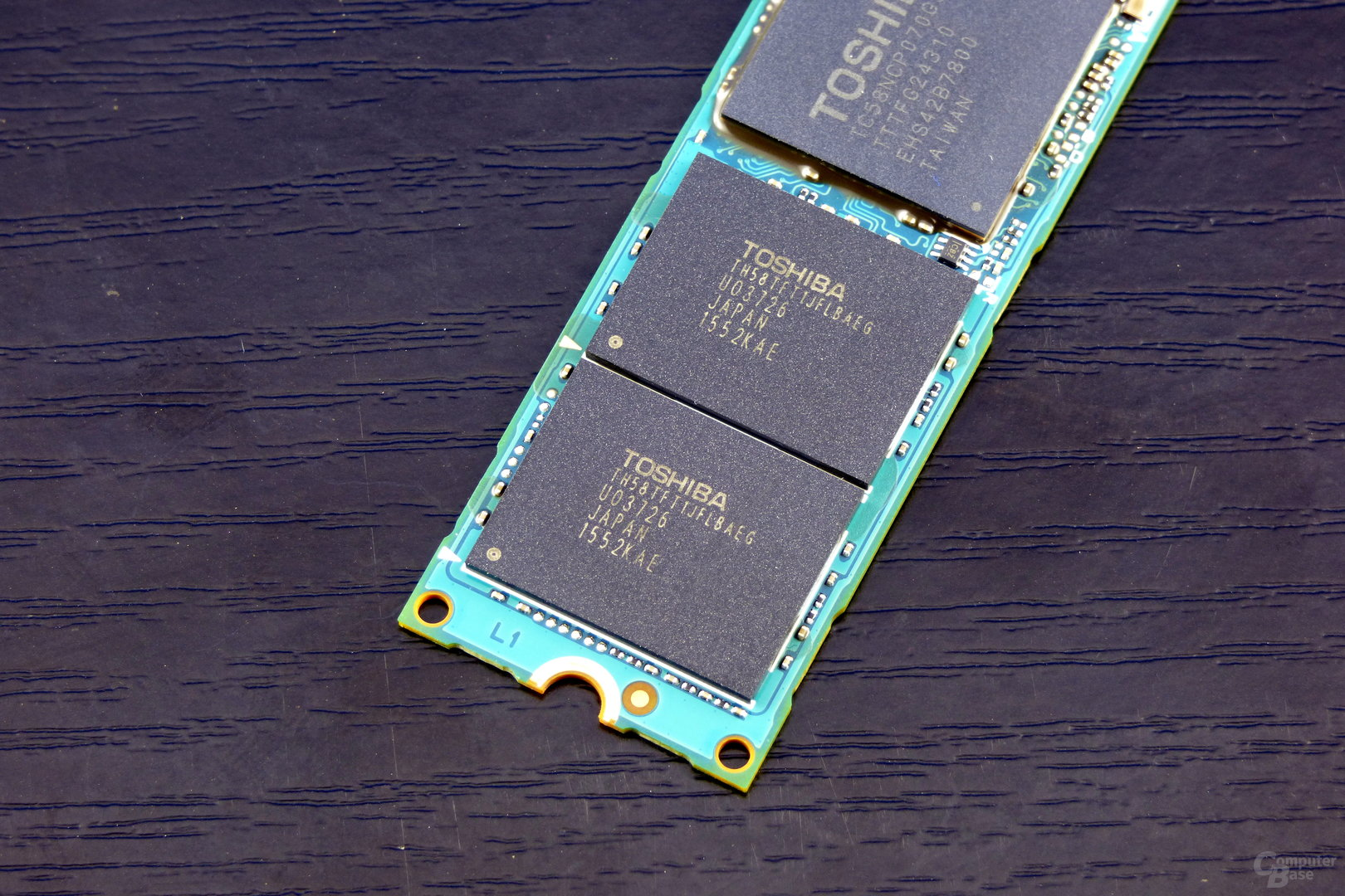 15-nm-MLC-Flash auf der Toshiba OCZ RD400