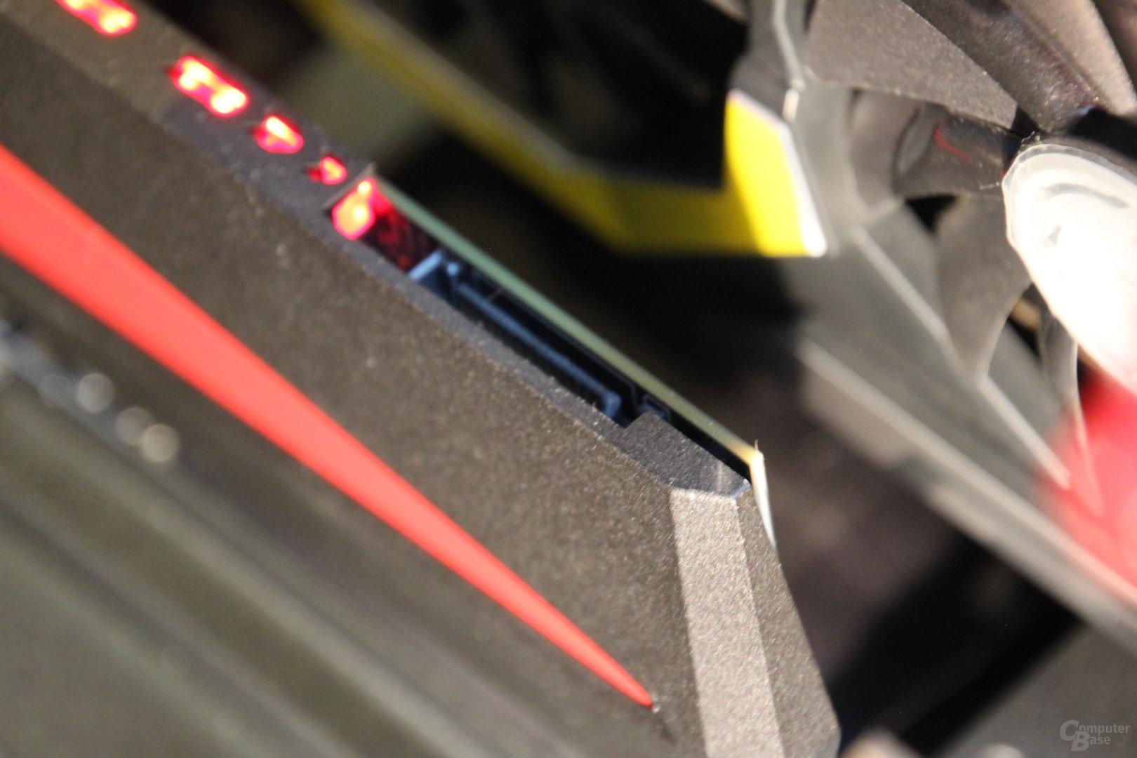 Optionaler SATA-Stromanschluss der Plextor M8PeY