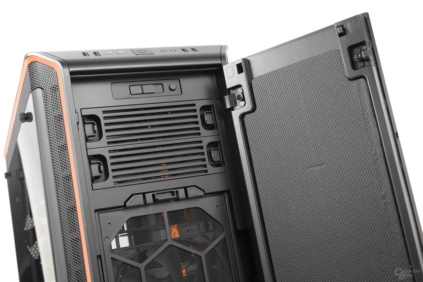 be quiet! Dark Base Pro 900 – Blick hinter die Tür