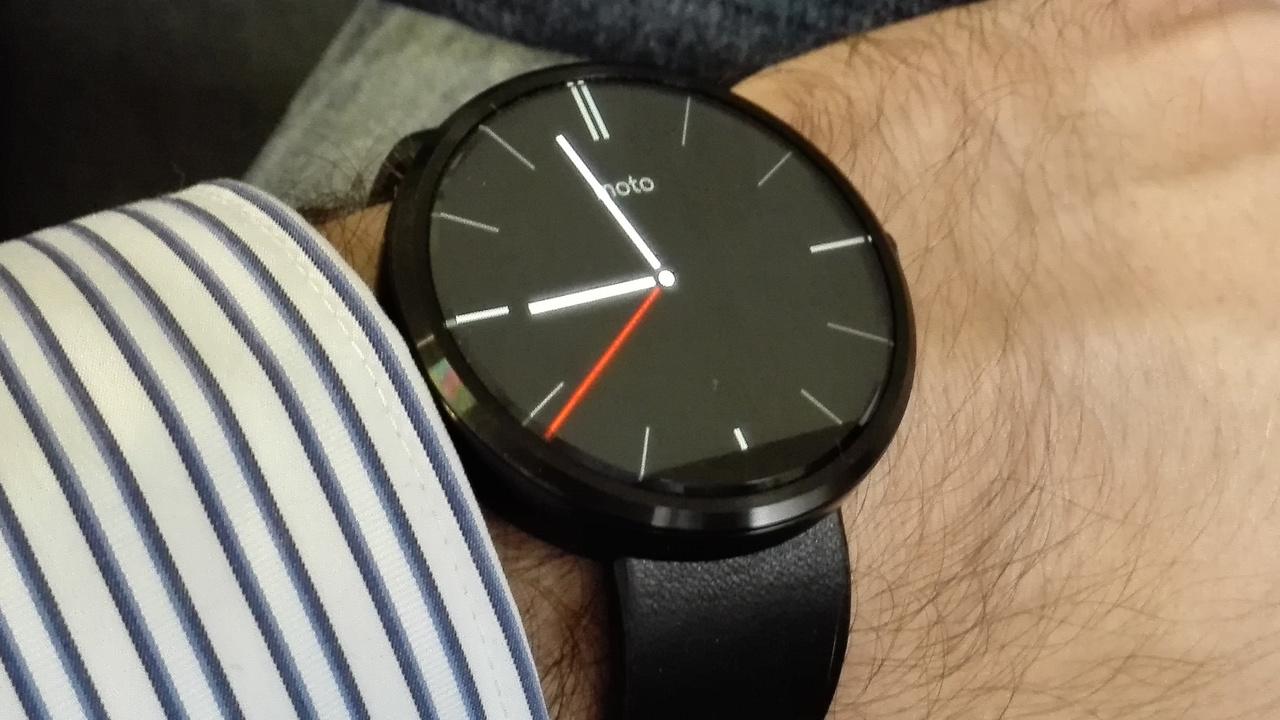 Smartwatch: Erste Moto 360 bekommt kein Android Wear 2.0