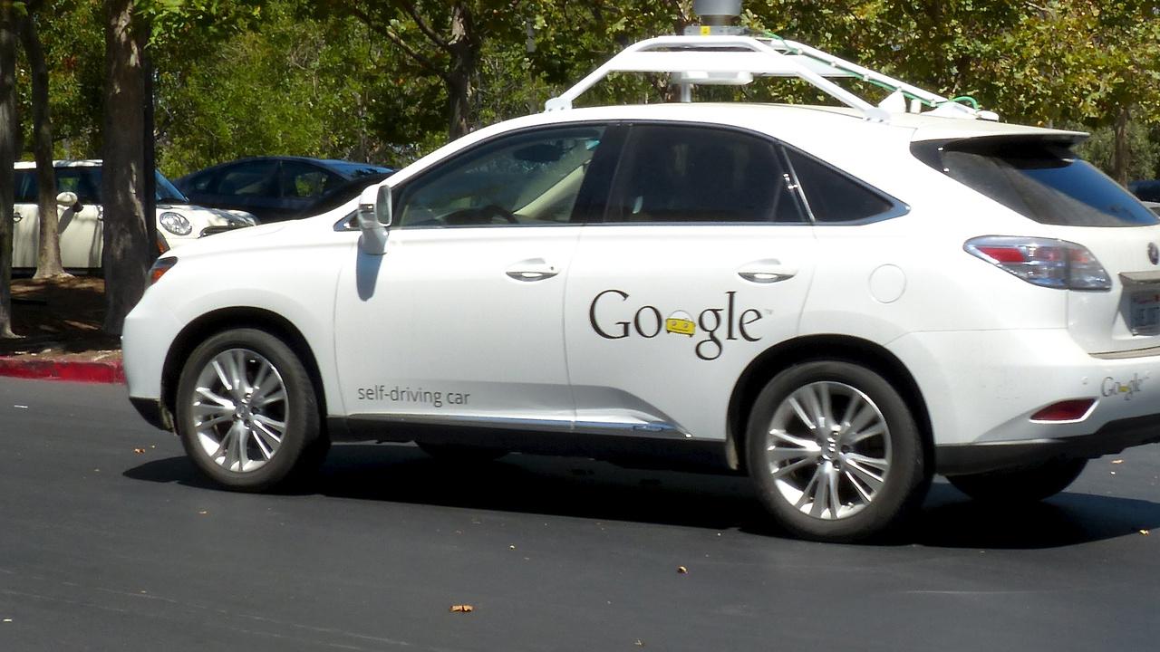 Selbstfahrende Autos: Höhere Verkehrssicherheit durch autonomes Fahren