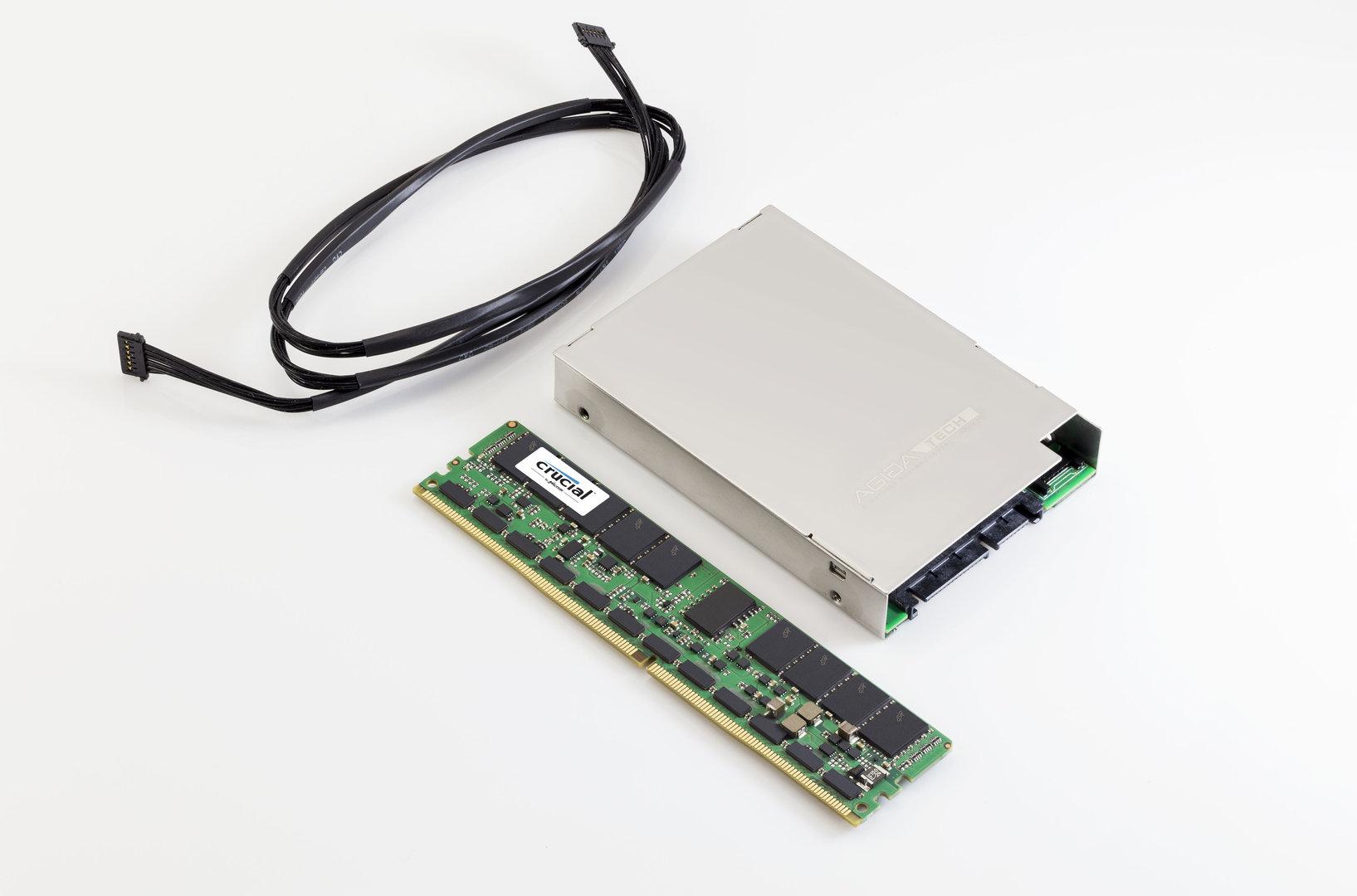"""Crucial NVDIMM mit Superkondensator im 2,5""""-Gehäuse"""