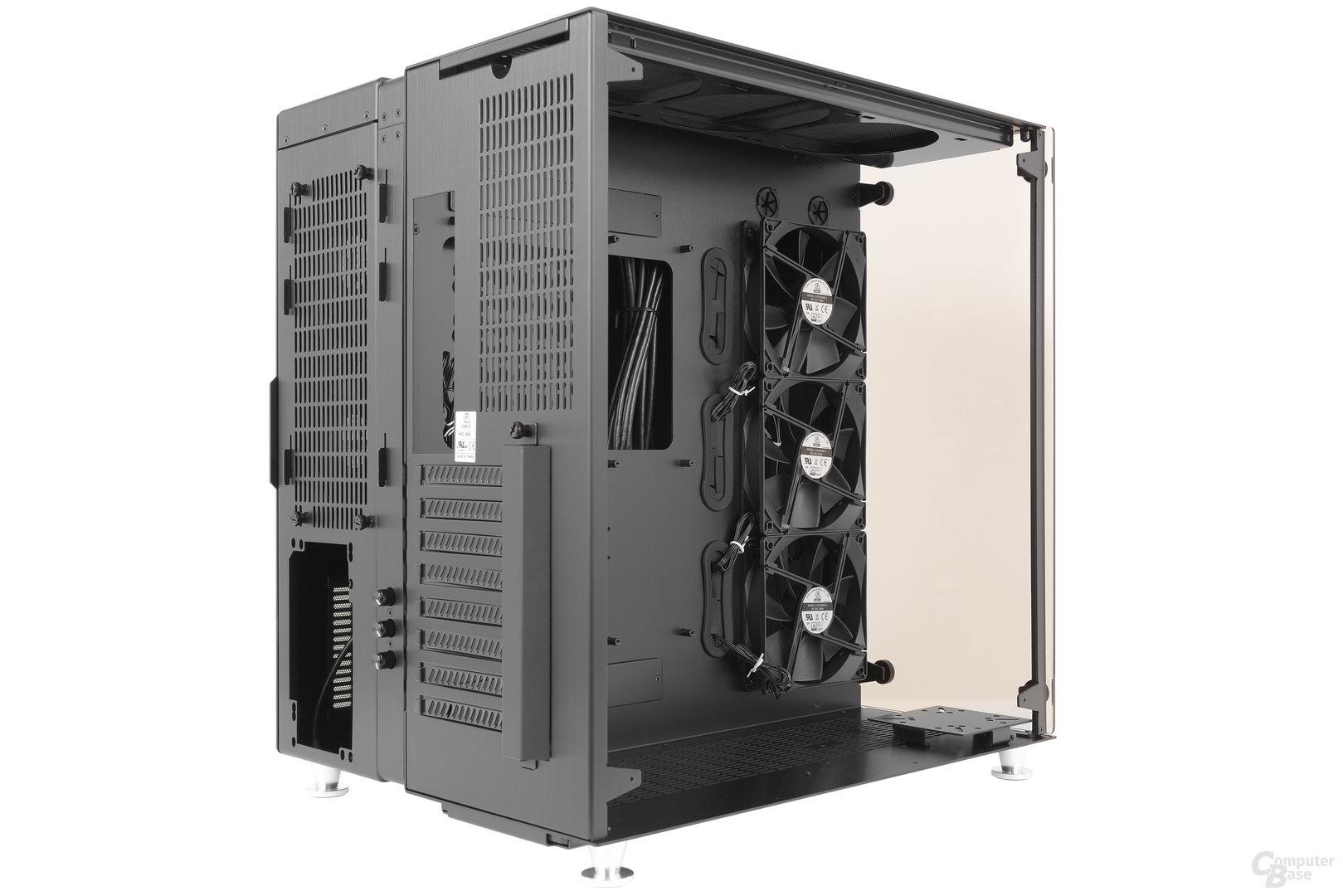 Lian Li PC-O9 – Seitliche Innenraumansicht