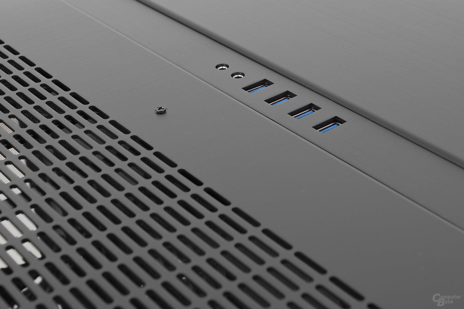 Lian Li PC-O9 – Panel