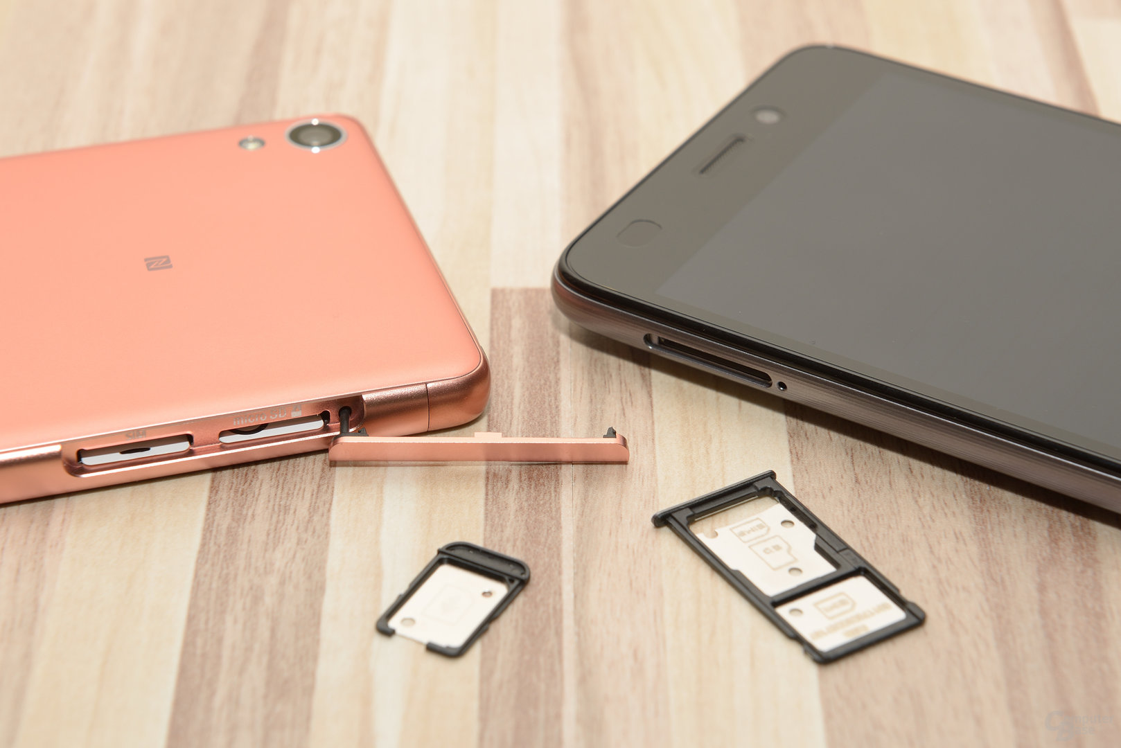 Sony Xperia XA und Honor 5C