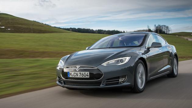 Tesla Model S: Autopilot in tödlichen Unfall verwickelt