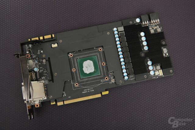 Das PCB der GeForce GTX 1080 Gaming X mit Frontplate