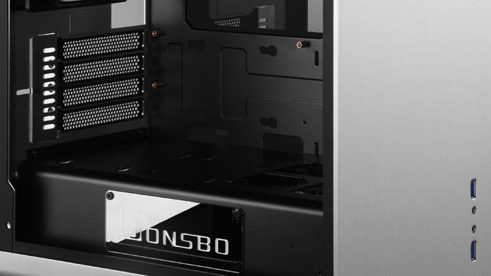 Jonsbo RM3 & UMX4: Neue Designgehäuse aus Aluminium und Glas