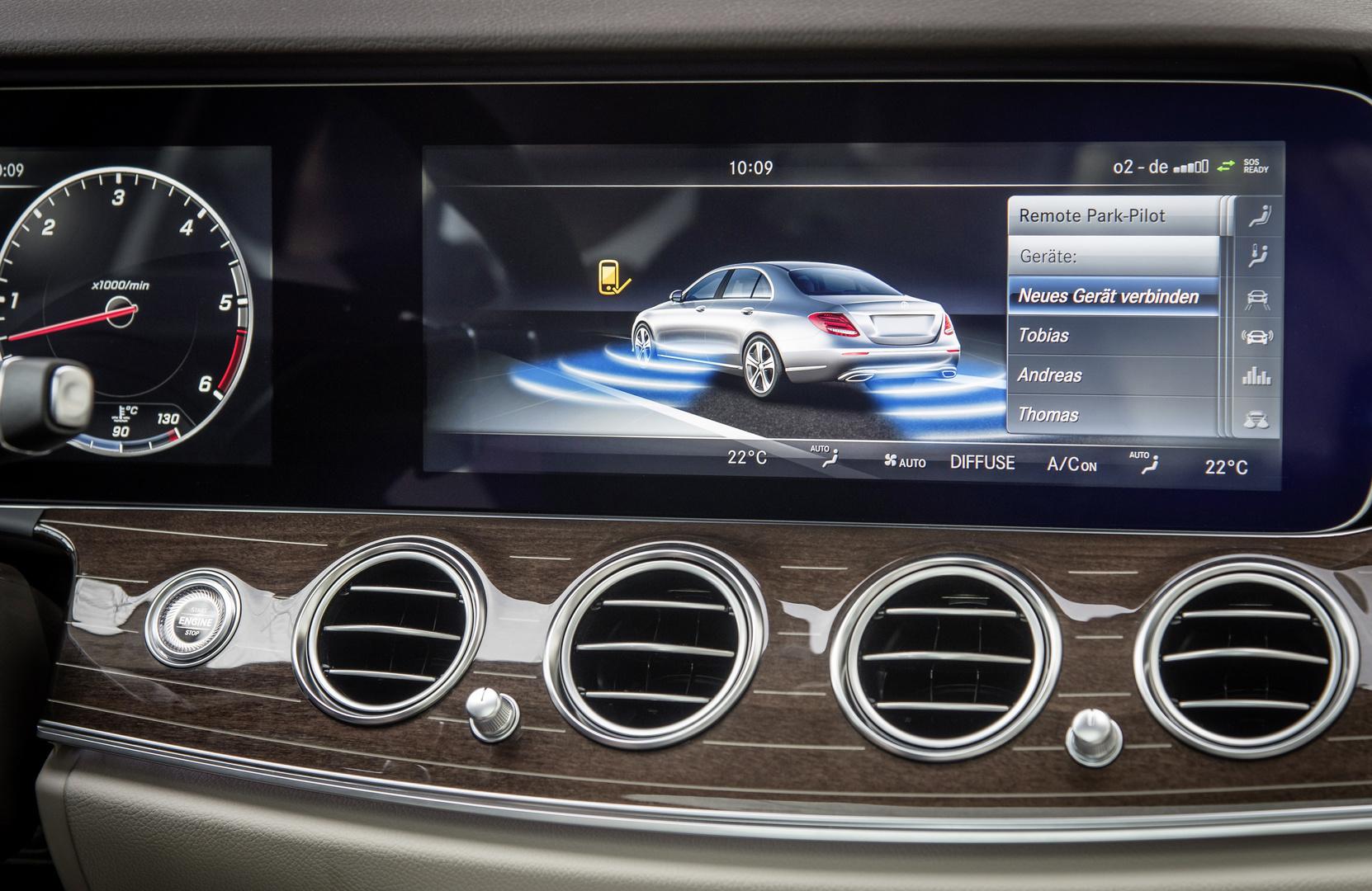 Neues Smartphone mit dem Fahrzeug koppeln