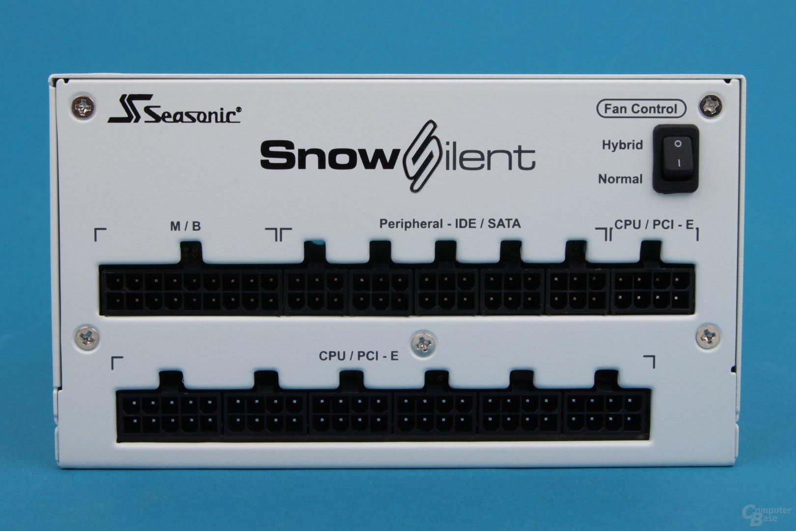 Seasonic Snow Silent 750 Watt – Anschlusspanel mit Umschalter