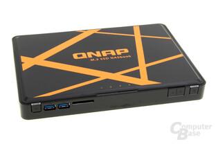 QNAP TBS-453A – USB und SD-Kartenleser an der Vorderseite