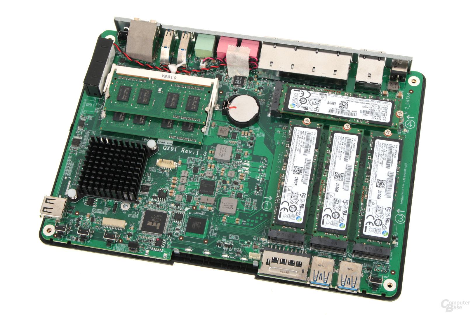 QNAP TBS-453A – Die Hauptplatine lässt sich ausbauen