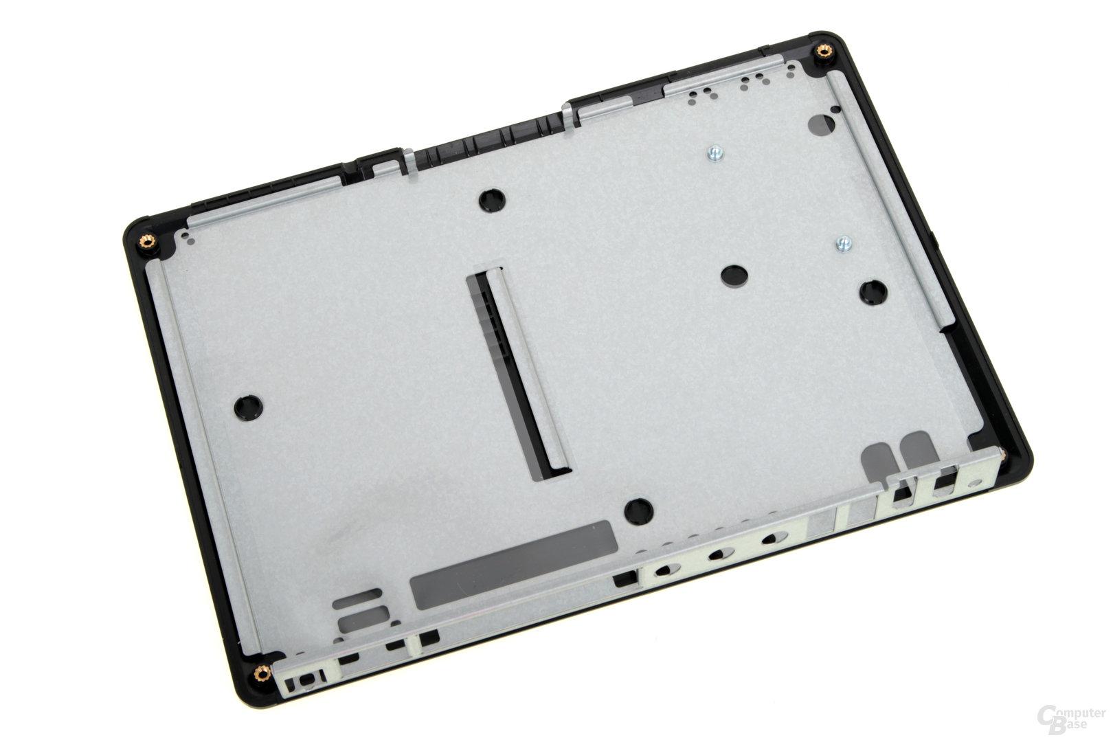 QNAP TBS-453A – entfernter Deckel mit Metallplatte